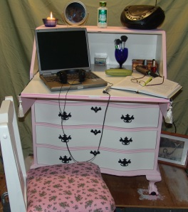 pink and white desk 2